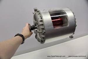 Model-S-Motor